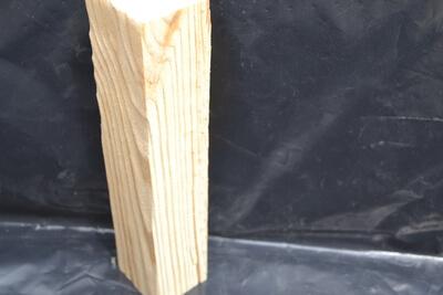 kartáčovanie drevených hranolov
